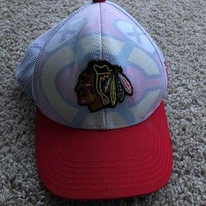 Chicago blackhawks youth center ice hat